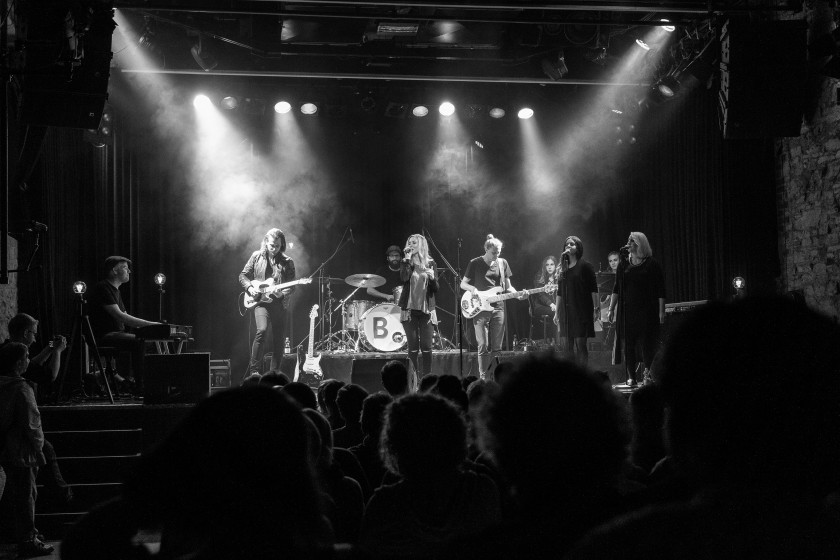 Svenja Leopold und Band