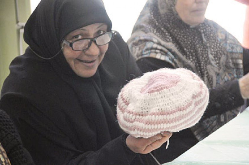 Foto von Soufan Sariya in der Häkelgruppe
