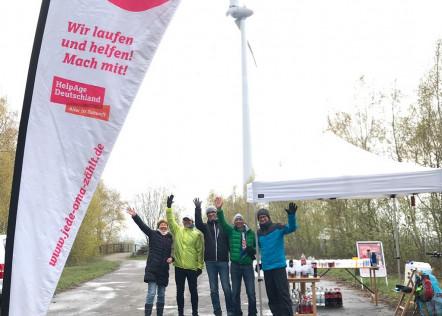 """Verpflegungsstand der """"Omas"""" beim 7. Int. Piesberg Ultra Marathon am 13.04.2019"""