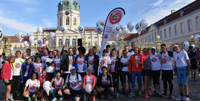 HelpAge Läufer vor dem Schloss Charlottenburg