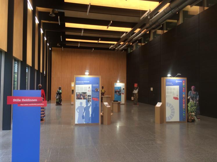 Blick auf die Ausstellung Stille Heldinnen